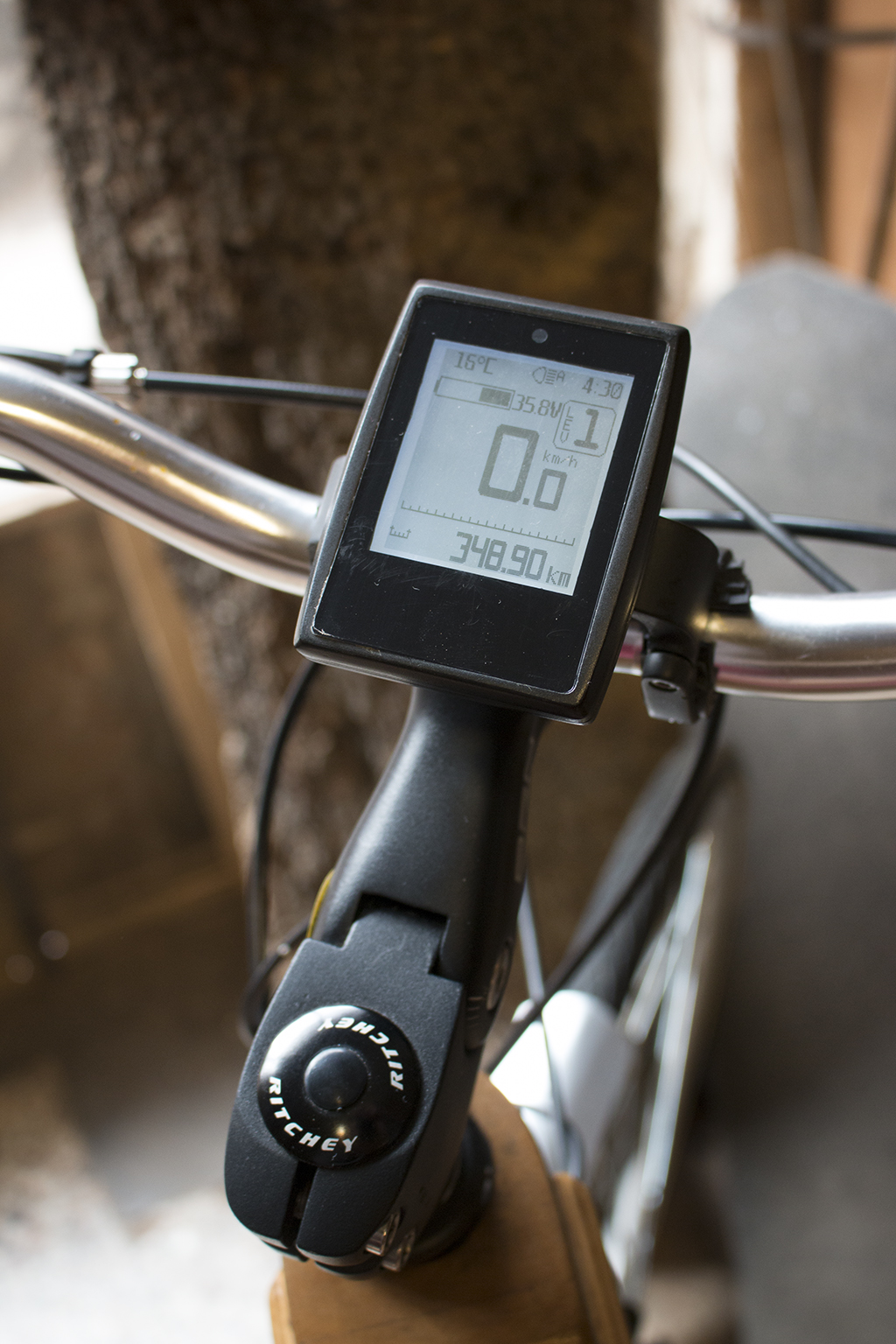 display e-bike brukoboards